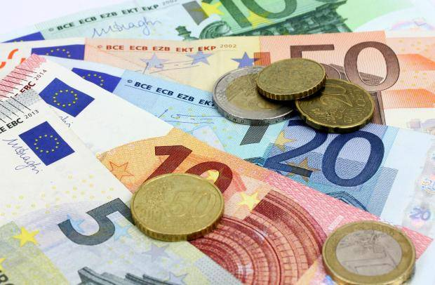 The Europeans are demonstrating record support for the single currency – the survey results