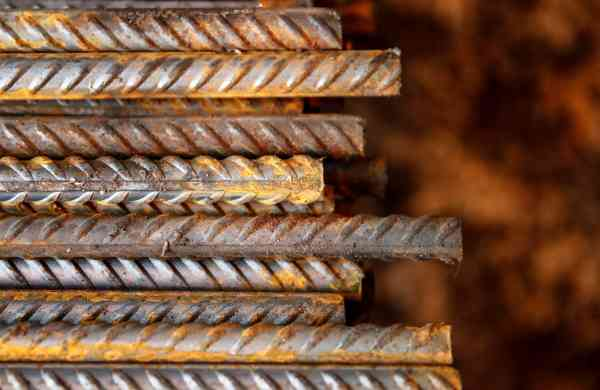 In two weeks, steel prices in the United States rose by 25%