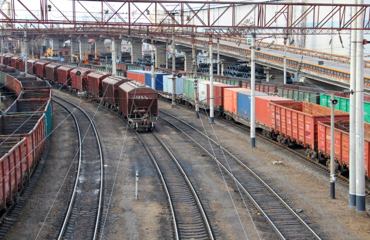 Ukrzaliznytsia transported a record 895 thousand tons of cargo per day