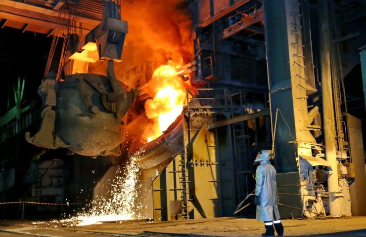 Ukraine retained its position in the world ranking of steel producers and rose in cast iron