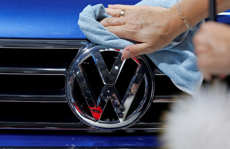 Volkswagen starts new round of job cuts in Germany - Handelsblatt